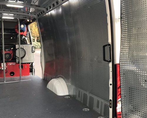 Panel chapa perforada furgonetas sevila